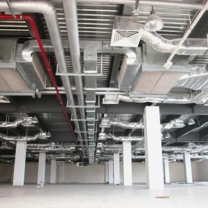 Thi công đường ống nước hệ điều hòa không khí